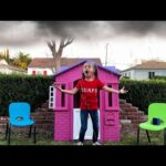 Kids Play Magic Weather Playhouse with Food